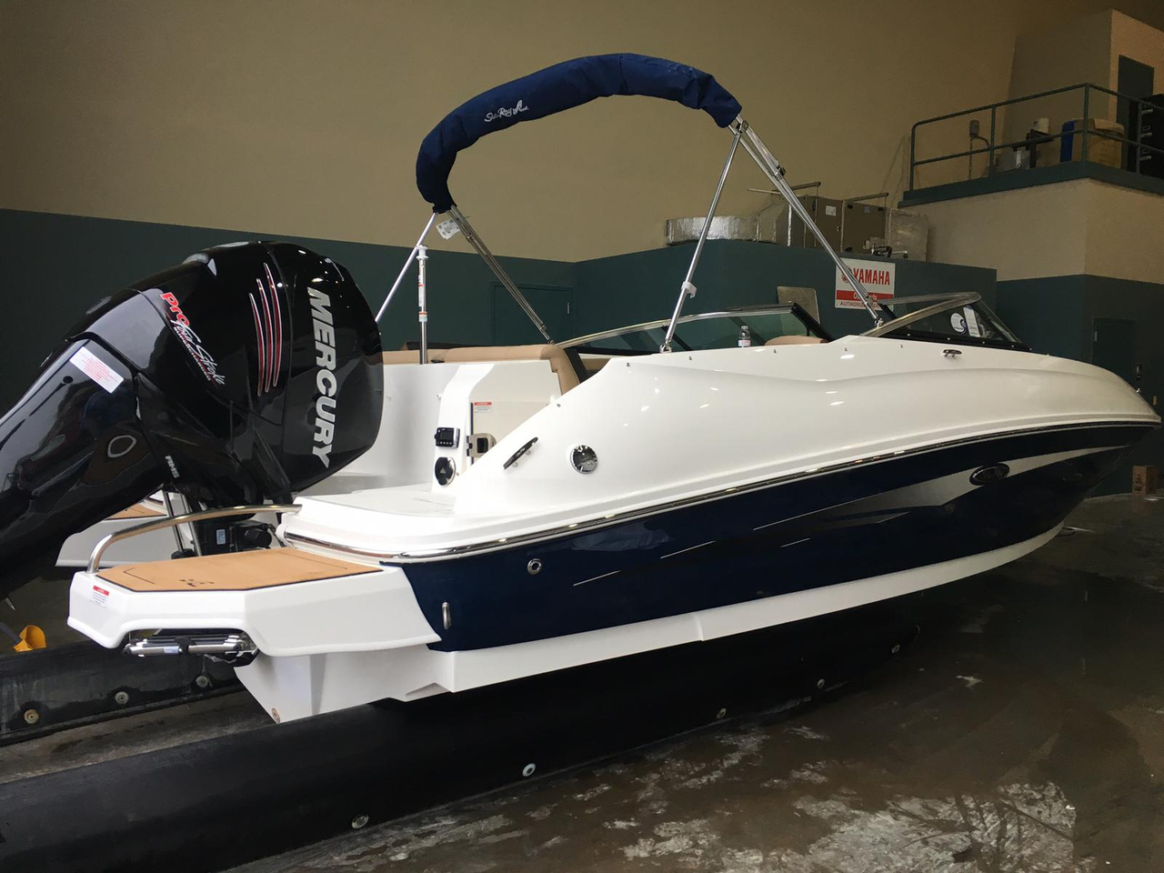 2016 new sea ray 240 sundeck outboard bowrider boat for