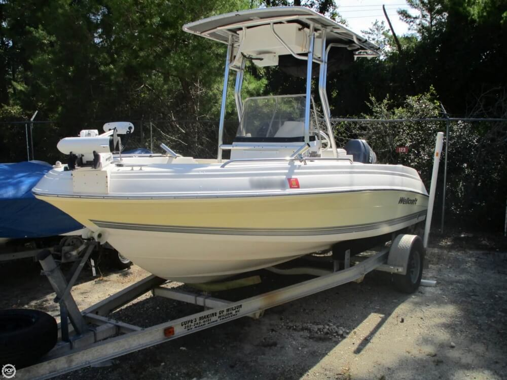 2004 used wellcraft 180 fisherman center console fishing for Center console fishing boats for sale