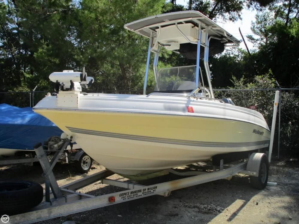 2004 used wellcraft 180 fisherman center console fishing for Used center console fishing boats for sale