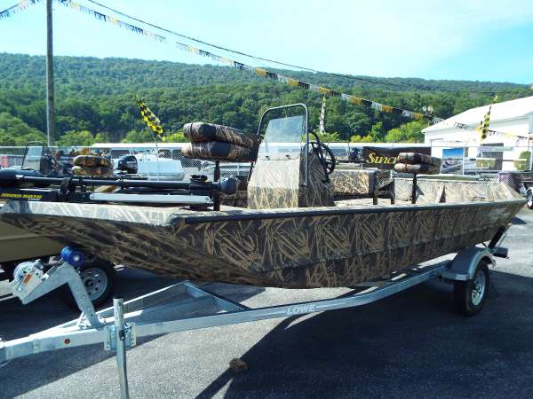 New Lowe Roughneck 1760 Tunnel Jet Pathfinder Bass Boat For Sale