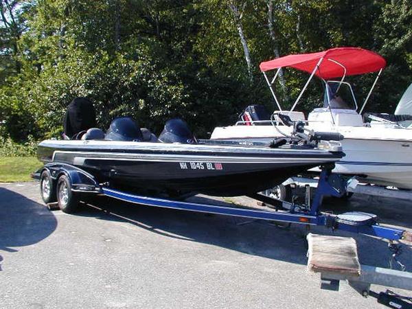 Used Skeeter 21i Freshwater Fishing Boat For Sale
