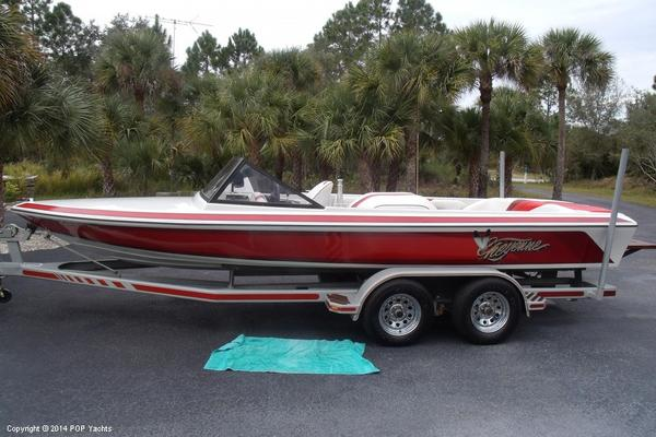 Used Cheyenne 20 Ski and Wakeboard Boat For Sale