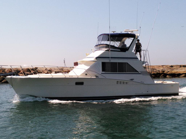 Used Chris-Craft Sport Fisher - Sedan Sports Fishing Boat For Sale