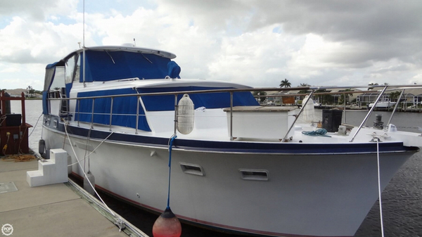 Used Hatteras 41 Double Cabin Motor Yacht Antique and Classic Boat For Sale