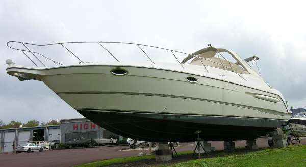 Used Maxum 3300 SCR Cruiser Boat For Sale