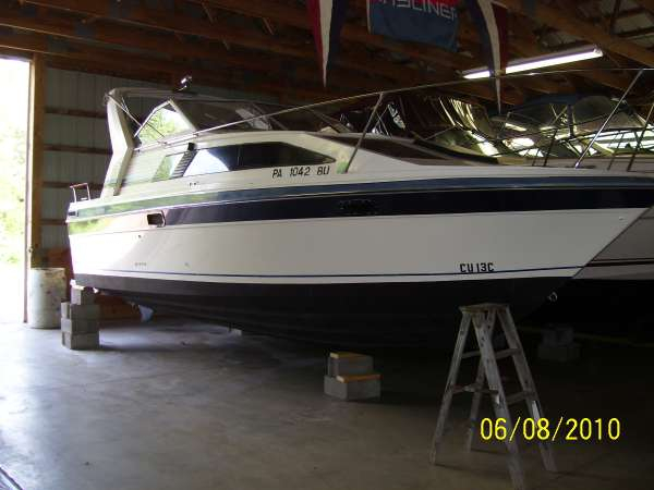 Used Bayliner 2455 Sunbridge Cruiser Boat For Sale