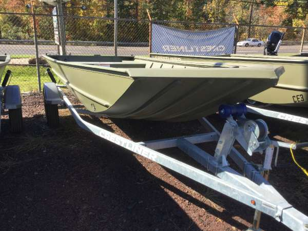 New Crestliner 1756 Retriever Jon Deluxe Freshwater Fishing Boat For Sale