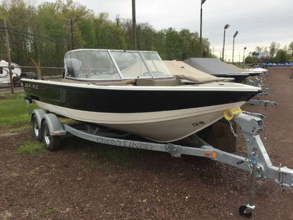 New Crestliner 1950 Sportfish OB Ski and Fish Boat For Sale