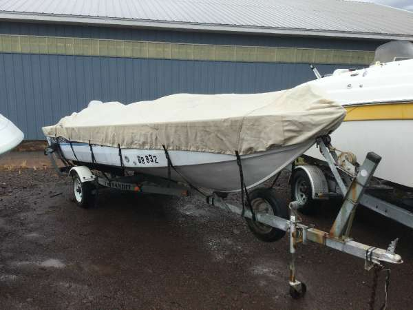 Used Crestliner 16 Night Hawk Freshwater Fishing Boat For Sale