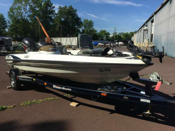 Used Triton Boats Tr186 Bass Boat For Sale