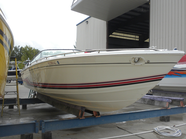 Used Formula 27 High Performance Boat For Sale