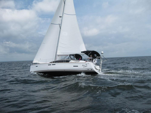 Used Jeanneau 44 DS Sun Odyssey Sloop Sailboat For Sale