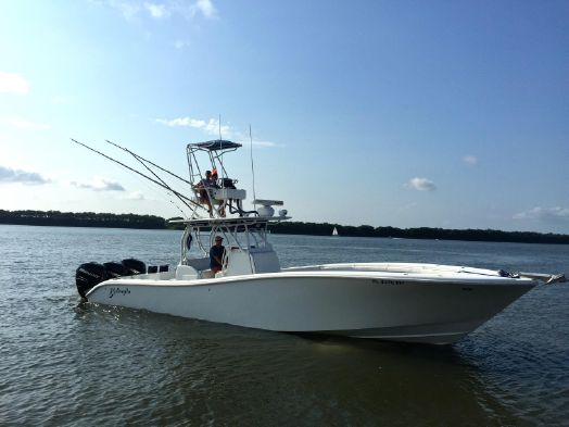 2009 used yellowfin offshore center console fishing boat for Tuna fishing boats for sale