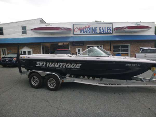 Used Nautique 206 Ski and Wakeboard Boat For Sale