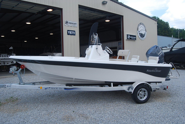 New Nauticstar 1810 Nautic Bay Center Console Fishing Boat For Sale