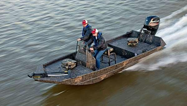New Lowe Roughneck 1860 Pathfinder Tunnel Jet Bass Boat For Sale