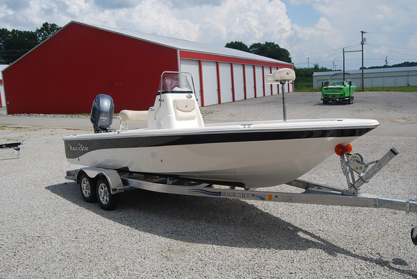 New Nauticstar 2140 Bay Sport Center Console Fishing Boat For Sale