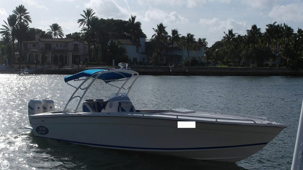 Used Avanti 33 Center Console Fishing Boat For Sale