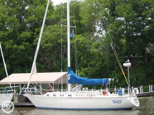 Used Sabre 38 Racer and Cruiser Sailboat For Sale