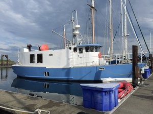 Used Bruce Roberts 52 House Boat For Sale
