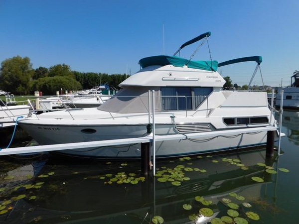 1995 Used Carver 325 Aft Cabin Motor Yacht For Sale