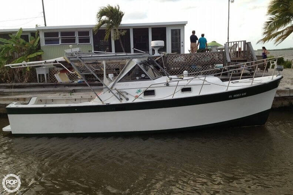 Used Luhrs Alura 30 Express Cruiser Boat For Sale