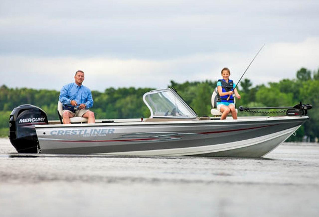 2013 new crestliner 1650 fish hawk freshwater fishing boat for Best freshwater fishing boats