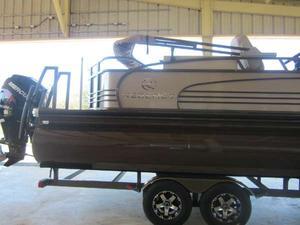 New Regency Boats 254 LE3 Pontoon Boat For Sale