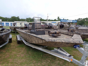 New Lowe 20 Bay Center Console Fishing Boat For Sale