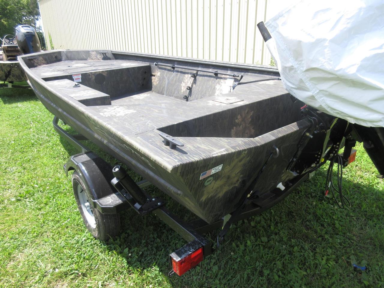 2017 New Lowe Roughneck 1756 Deluxe Tiller Aluminum Fishing Boat For Sale - $14,249 - Rockville ...
