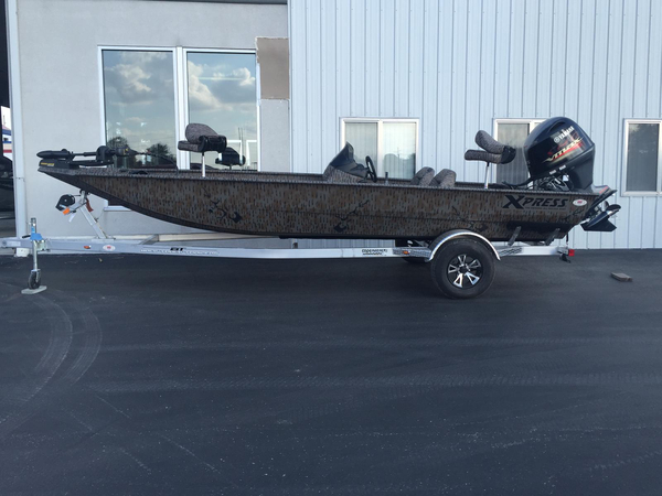 2016 New Xpress Xp200 Catfish Center Console Fishing Boat