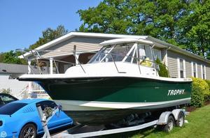 Used Trophy 2352 WA Walkaround Fishing Boat For Sale