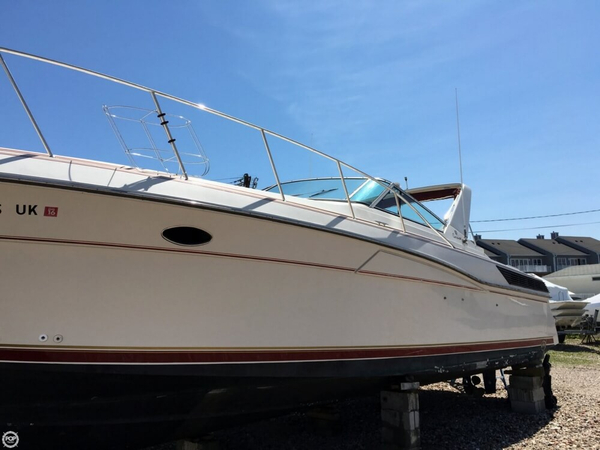 Used Wellcraft 3700 Corsica Express Cruiser Boat For Sale