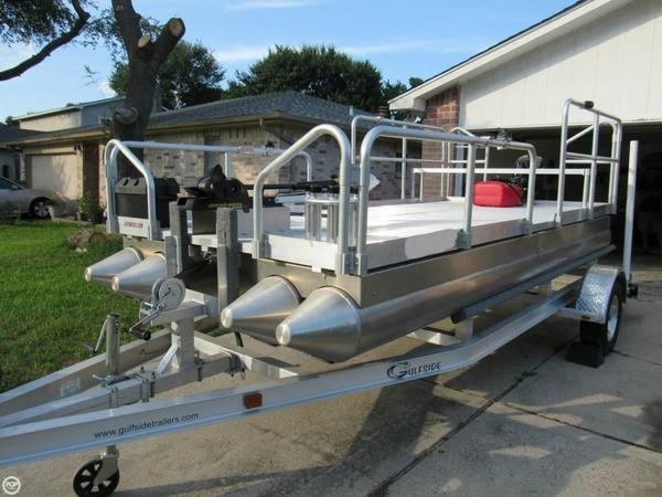 Used Aluma-Sport 615 Pontoon Boat For Sale