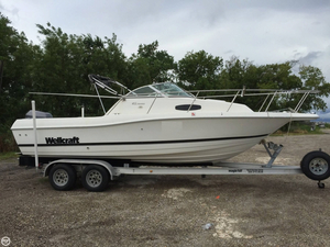 Used Wellcraft 24 Walk Around Walkaround Fishing Boat For Sale
