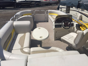Used Avalon 19 ft. LS - Cruise Pontoon Boat For Sale