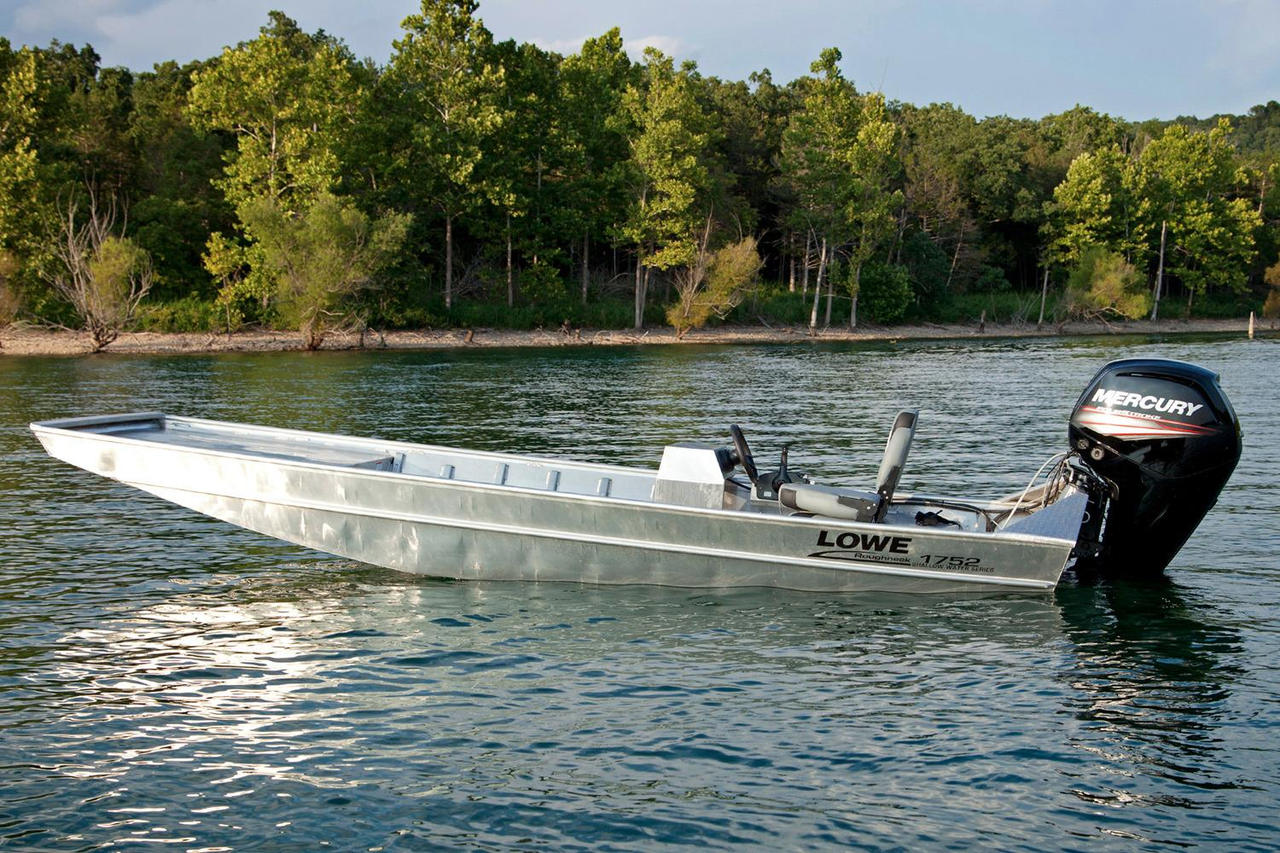 2016 New Lowe Roughneck 1755 Shallow Water Utility Boat
