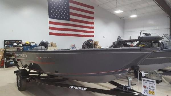 New Tracker Pro Guide V-16 T Bass Boat For Sale