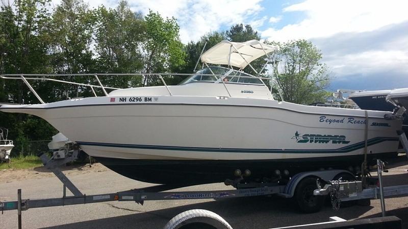1996 used seaswirl striper 2350 walkaround fishing boat for Used fishing boats for sale near me