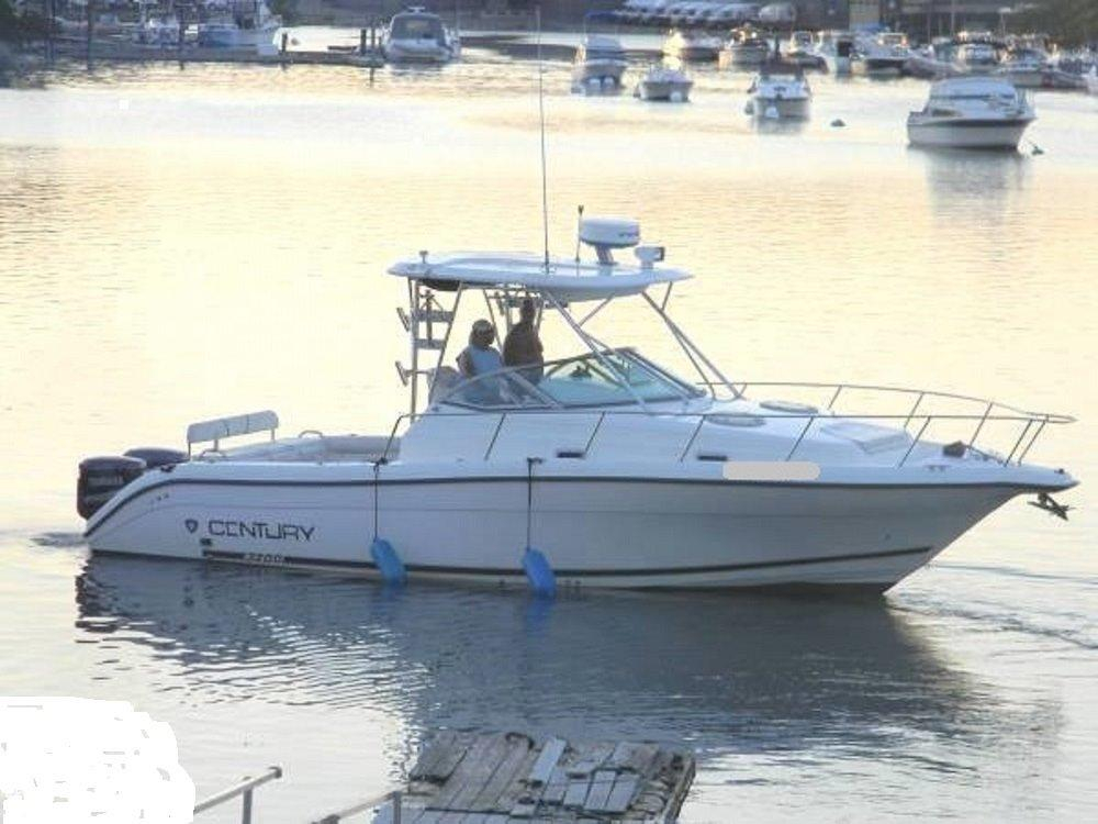 2001 used century walkaround fishing boat for sale for Fishing boat dealers near me