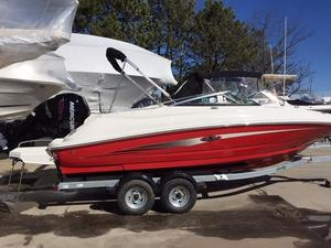 Used Sea Ray 220 Sundeck OB Deck Boat For Sale