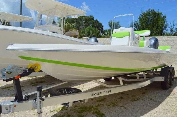 New Skeeter SX230 Bay Boat For Sale