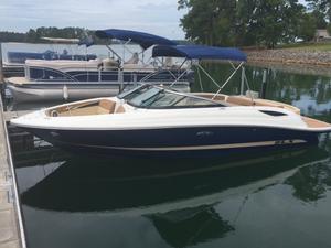 New Sea Ray 230 SLX Ski and Wakeboard Boat For Sale