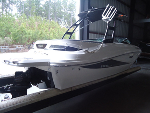 Used Sea Ray 190 Sport Ski and Wakeboard Boat For Sale