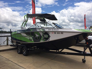 Used Nautique G23 Ski and Wakeboard Boat For Sale