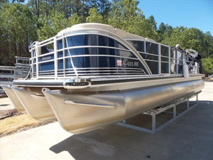Used Sanpan SP 2500 Bar Pontoon Boat For Sale