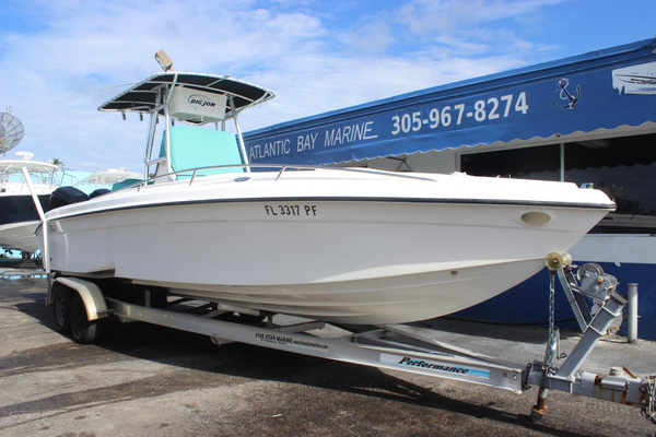 Used Glasstream 273 SCX Center Console Fishing Boat For Sale