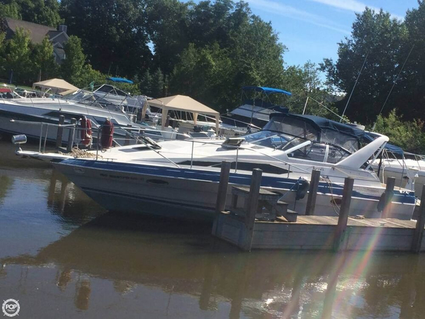 Used Bayliner AVANTI 3250 Sunbridge Express Cruiser Boat For Sale