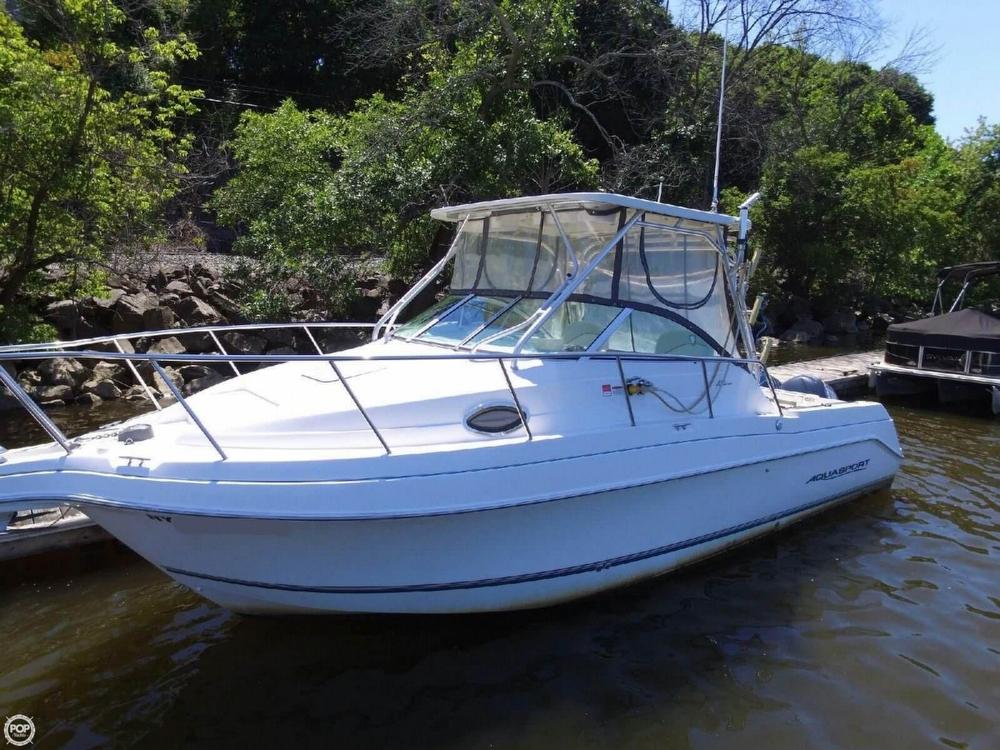 2005 Used Aquasport 275 Explorer Walkaround Fishing Boat