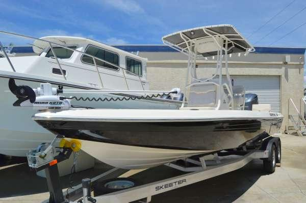 New Skeeter SX-240 Bay Boat For Sale